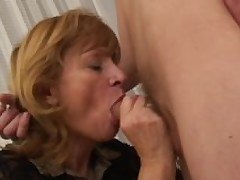 Hot mom can't resist her son