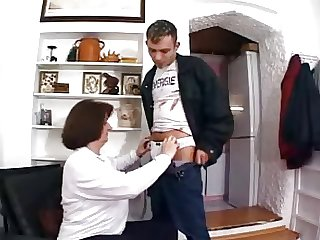 Boy wants to fuck her maw