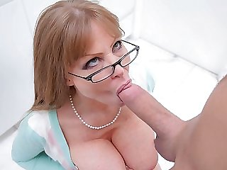 The Porn Videos Of Stepmom Sexy Moms Fucking And Sucking With Stepmom Action