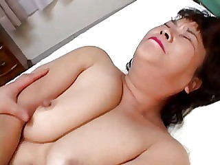 China mother playing sex