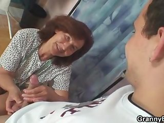 Old bitch is banged by two young dudes