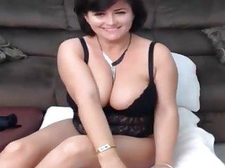 PERFECT MILF WOMAN