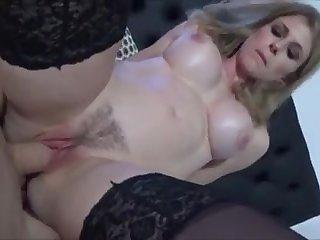 mom sexy