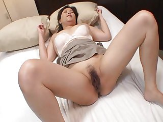 Japan Mom Porn - Chisako Nimura