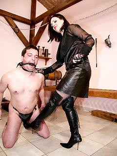 <!–-IMAGE_COUNT-–> of MISTRESS HEELENA IN THE OWK I.