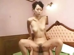 Pretty Japanese Mature Cunt Creampied